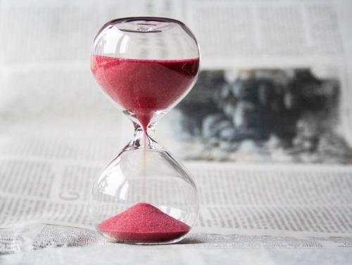 hourglass-620397.jpg